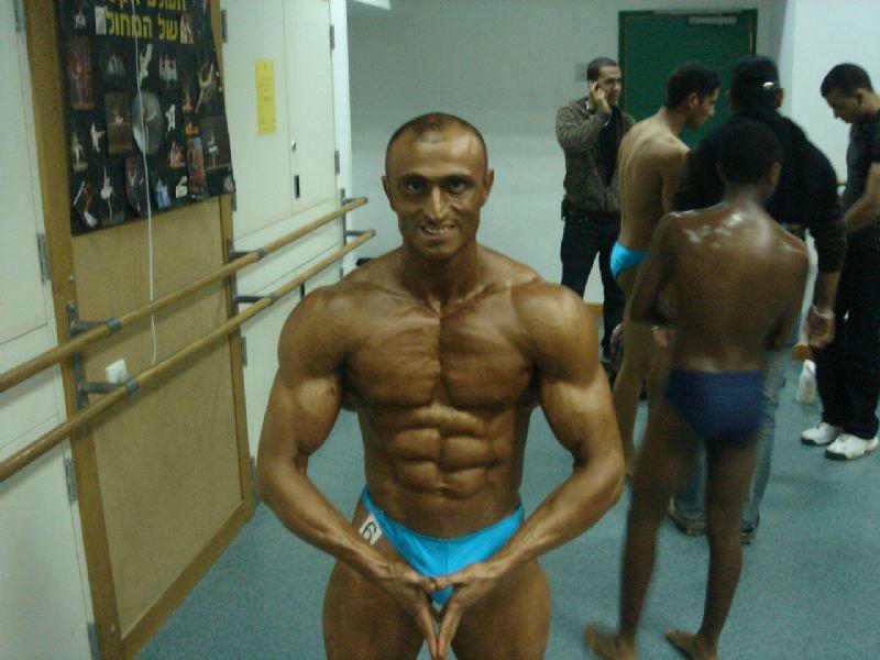מטופלו של יעקב עזרא - טל ניסנוב מר הצפון של ישראל לשנת 2010, בהחלט האיש החטוב ביותר בתחרות!