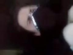 رجل سعودي كبير بالسن يغتصب بنت مصرية