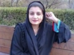 سعودية محجبة تعرض طيزها على كاميرا الياهو