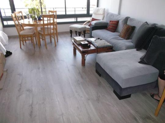 פרקטים במרכז לדירת מגורים יורם פרקט