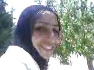 partouze sur une arabe