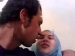 شابان من الخليج ينيكوا زوجة خالهم محارم جماعى